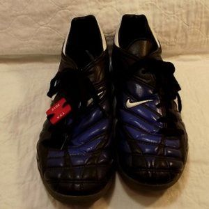 NIKE Zoom Air Women's runner shoes, Size 8